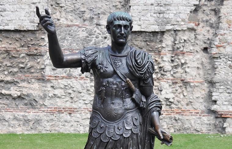 Турция перестроила римскую статую Траяна